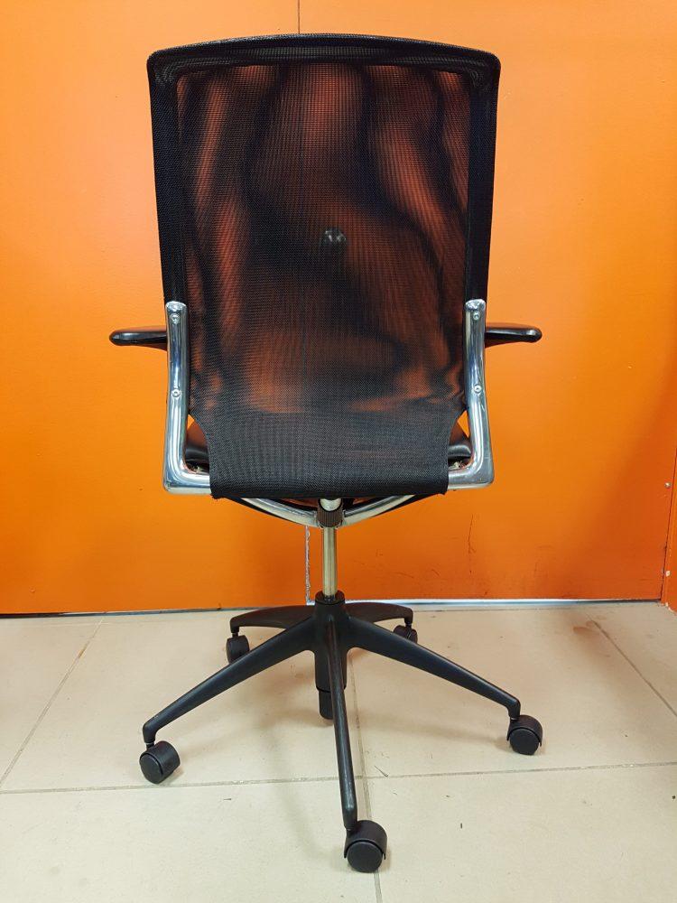 vitra meda track office furniture. Black Bedroom Furniture Sets. Home Design Ideas