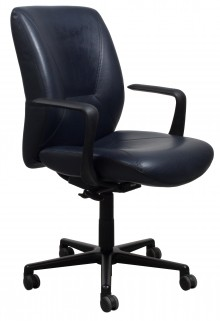 A Respons Multi-Tilter Keilhauer Office Chair made of black leather against a white background.